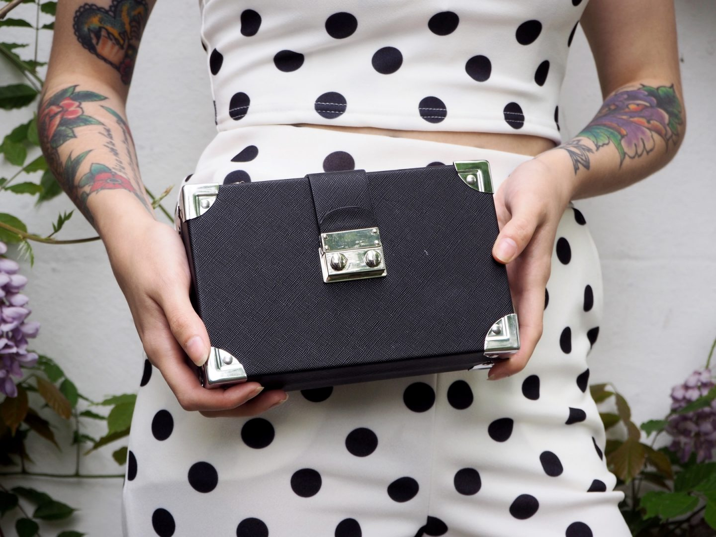 Reinventing Prom with boohoo - box bag clutch close up