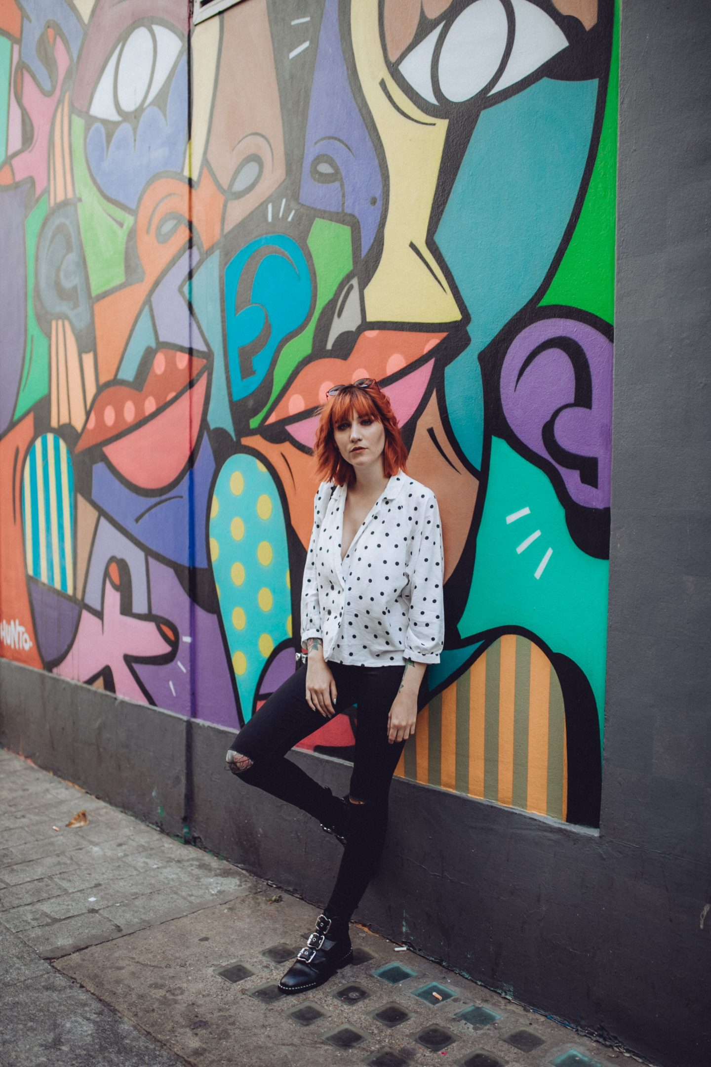5 reasons why I follow you blog - outfit; polka dot shirt, jeans & boots