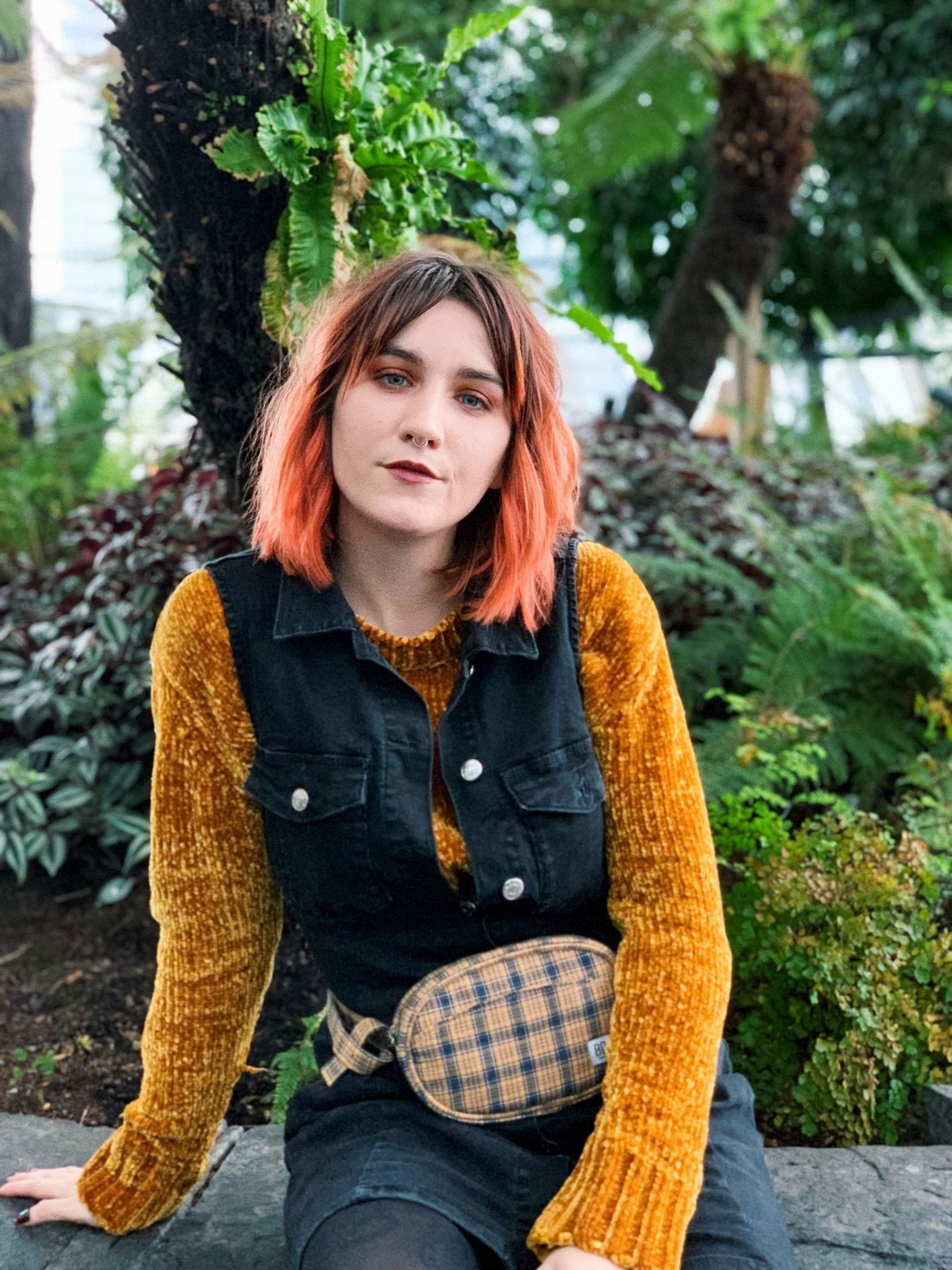 Slow Styling VS Fast Fashion; What's The Big Issue? - outfit closeup in sky garden