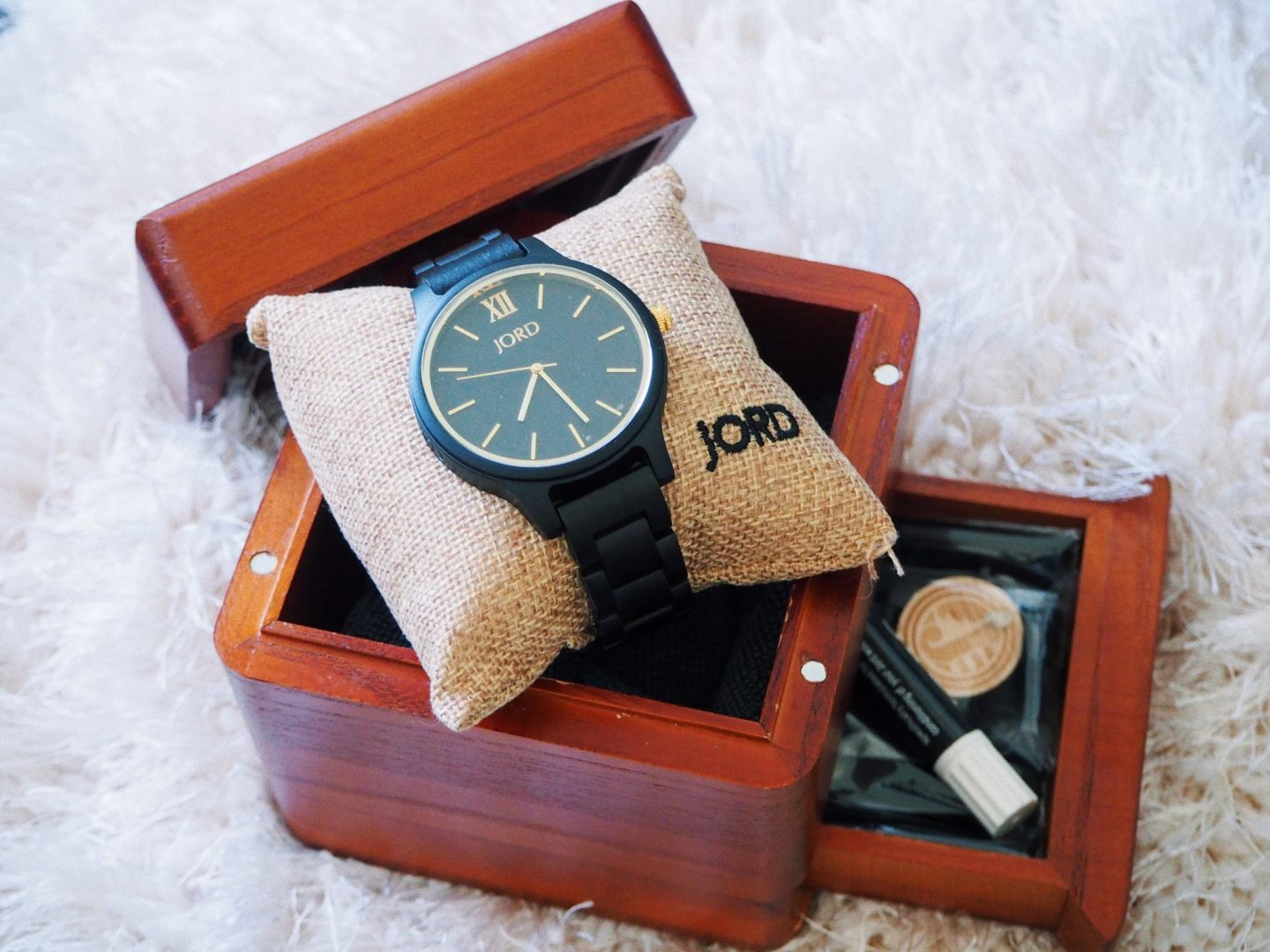 The Wooden Watches To Invest In This Winter || Jord Watches - watch, box & accessories