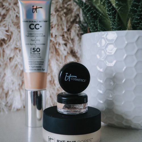 An Introduction To It Cosmetics - cc cream, bye bye pores & sample cc creams in packaging