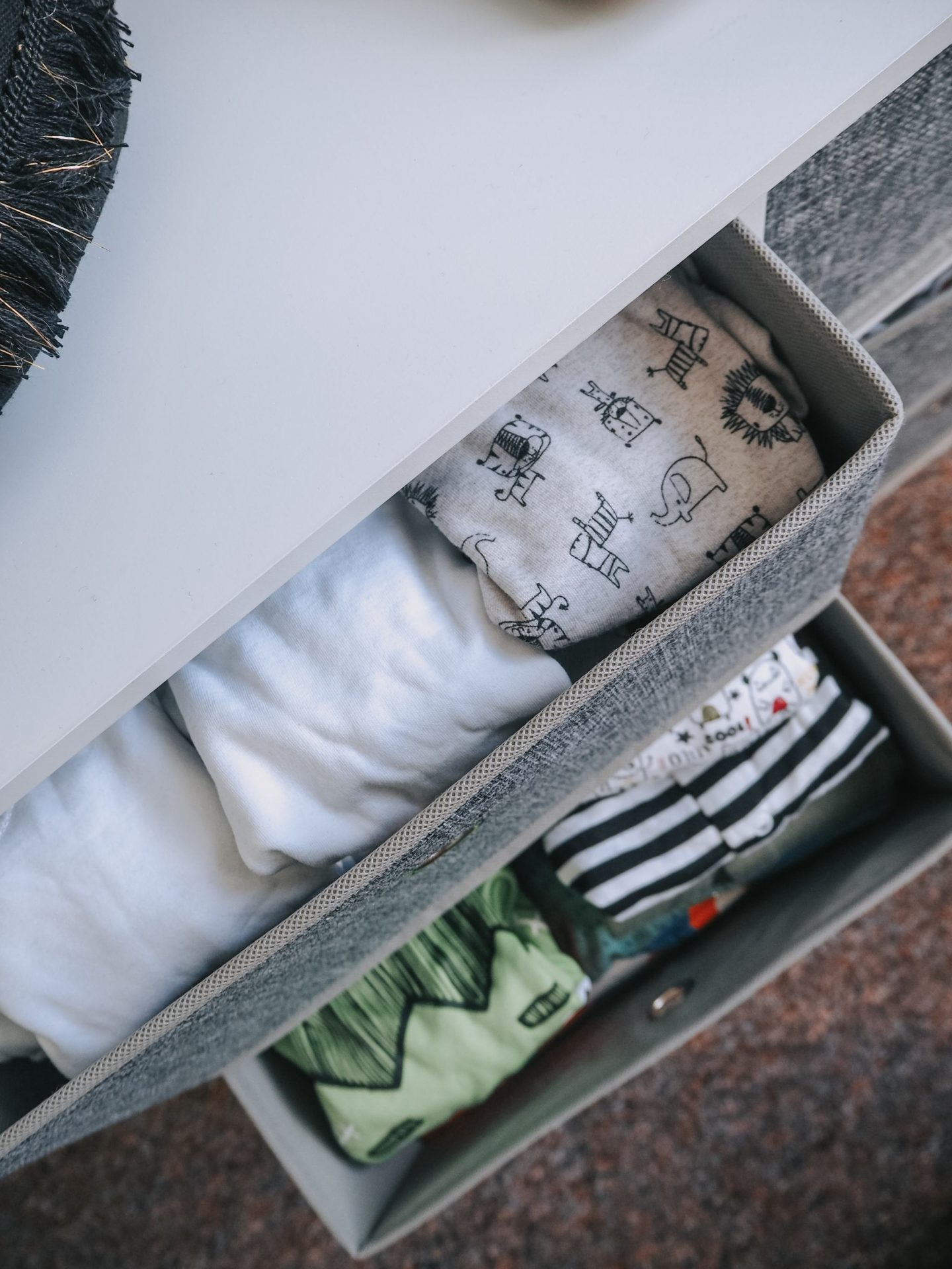 nursery tour - clothes drawers
